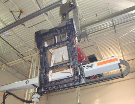 Whiltmann robotic crane removes HTS Ultra-Rack